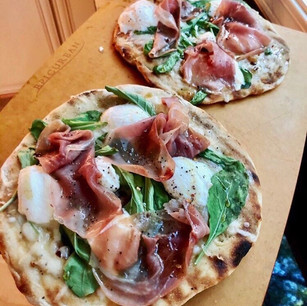 Grilled Flatbread Pizza with Arugula, Prosciutto, and Hot Honey