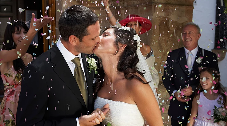 Live Stream Your Wedding Day with Life Events Streaming