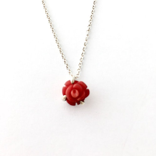 Small red rose pendant