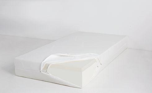 16-18 FeelFirm (aero-elastic foam).jpg