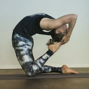 Manola Yoga Lehrerin