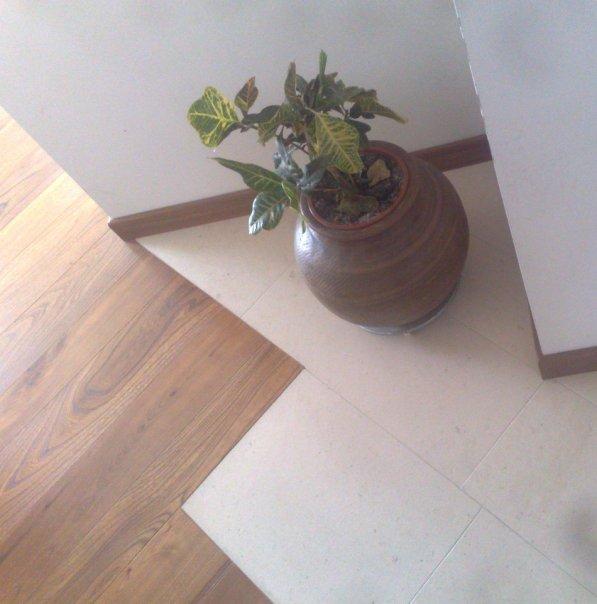 dettagli pietra e legno