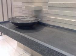 Elementi in pietra per il bagno