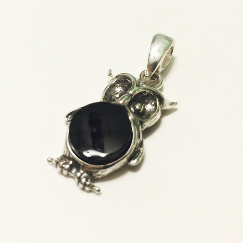 Amphoraseyes shop black coral owl pendant in sterling silver mozeypictures Images