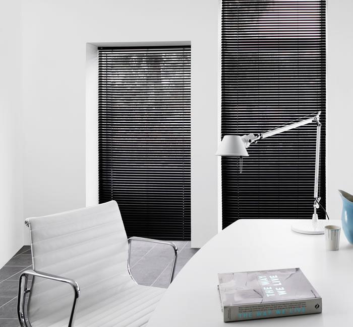 35mm-aluminium-blind-study