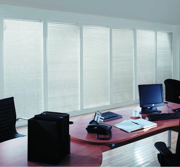 35mm-aluminium-blind-office