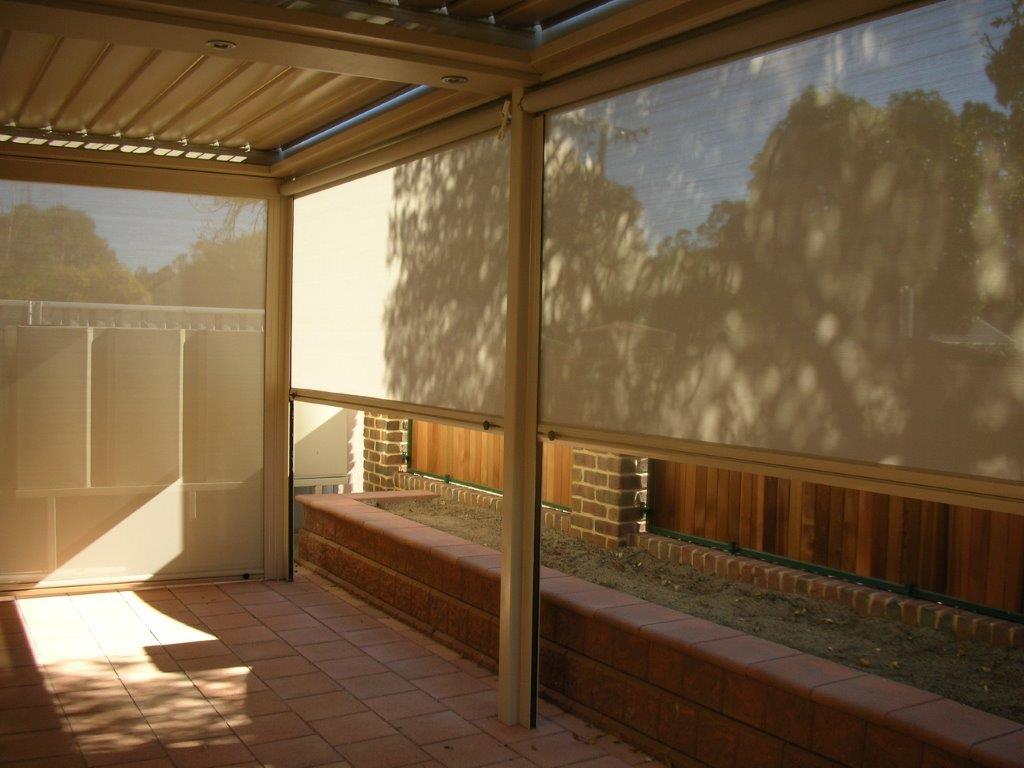 outdoor blind