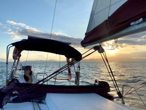 Velejar me ensina sobre o mar e o vento, mas também escancara os meus medos