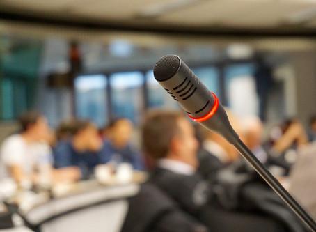 Pressegespräch organisieren: So wird Ihr Presse-Event ein Erfolg
