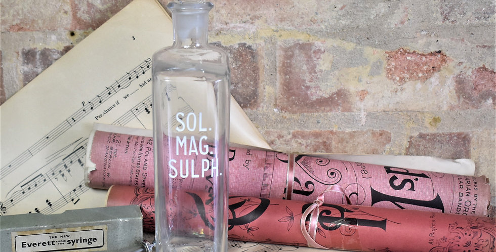 Antique Vintage Apothecary Chemist Medical Glass Bottle Sol Mag Sulphur Display