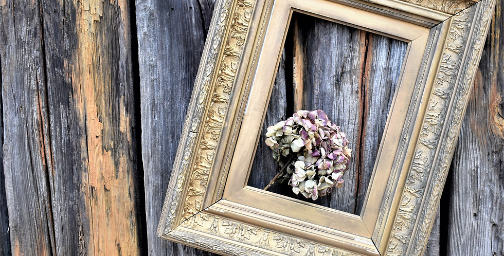 Antique Gesso Gilt Wooden Deep Picture Frame Interior Wall Hanging Art (1)