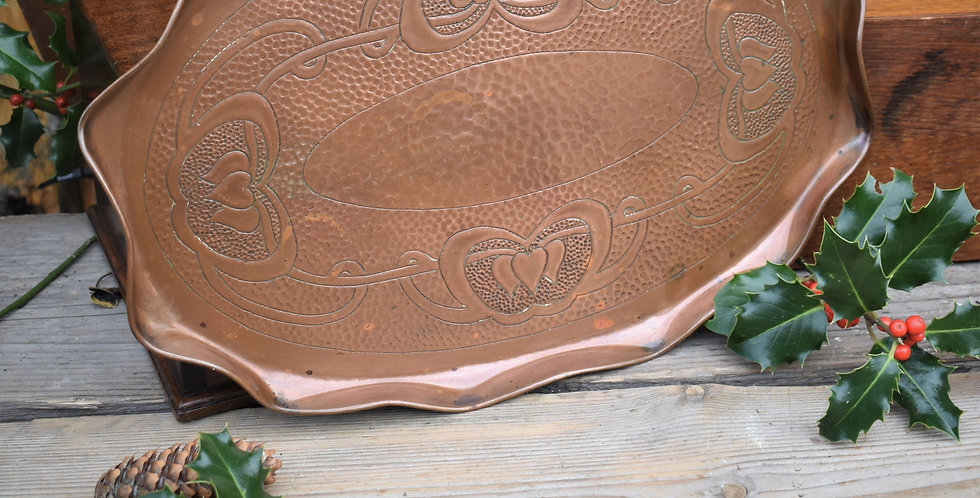 Antique Hayle Hand Beaten Arts & Crafts Copper Tray English Hearts Cornish