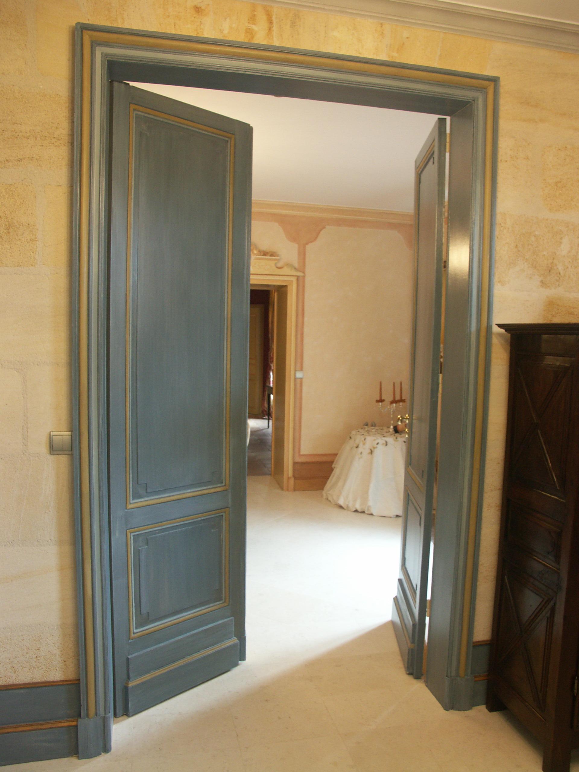 porte bleu luc_2.jpg