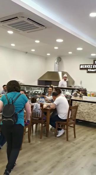 Tarihi Merkezefendi Köftecisi Ahmet Usta