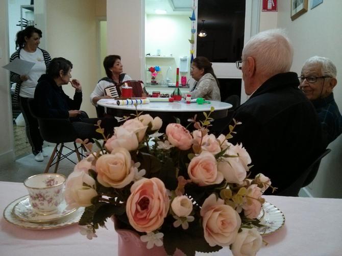 Chá das Flores ... e assim aconteceu em Pasárgada!