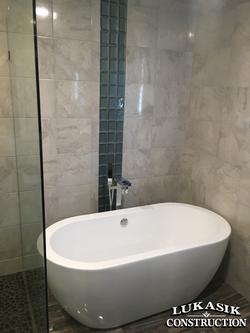 Tile Walls & Soaking Tub