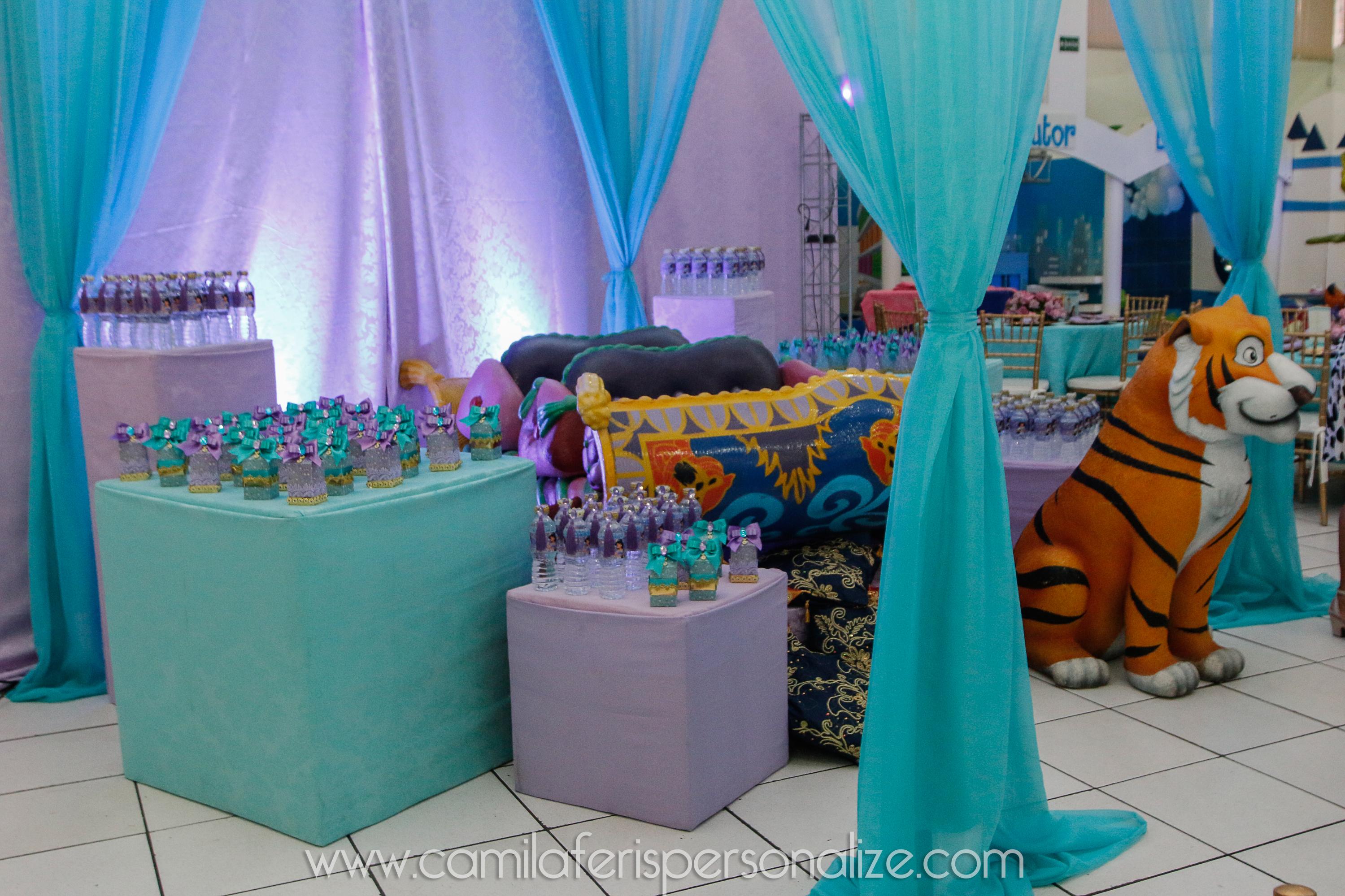 festa personalizada jasmine.jpg