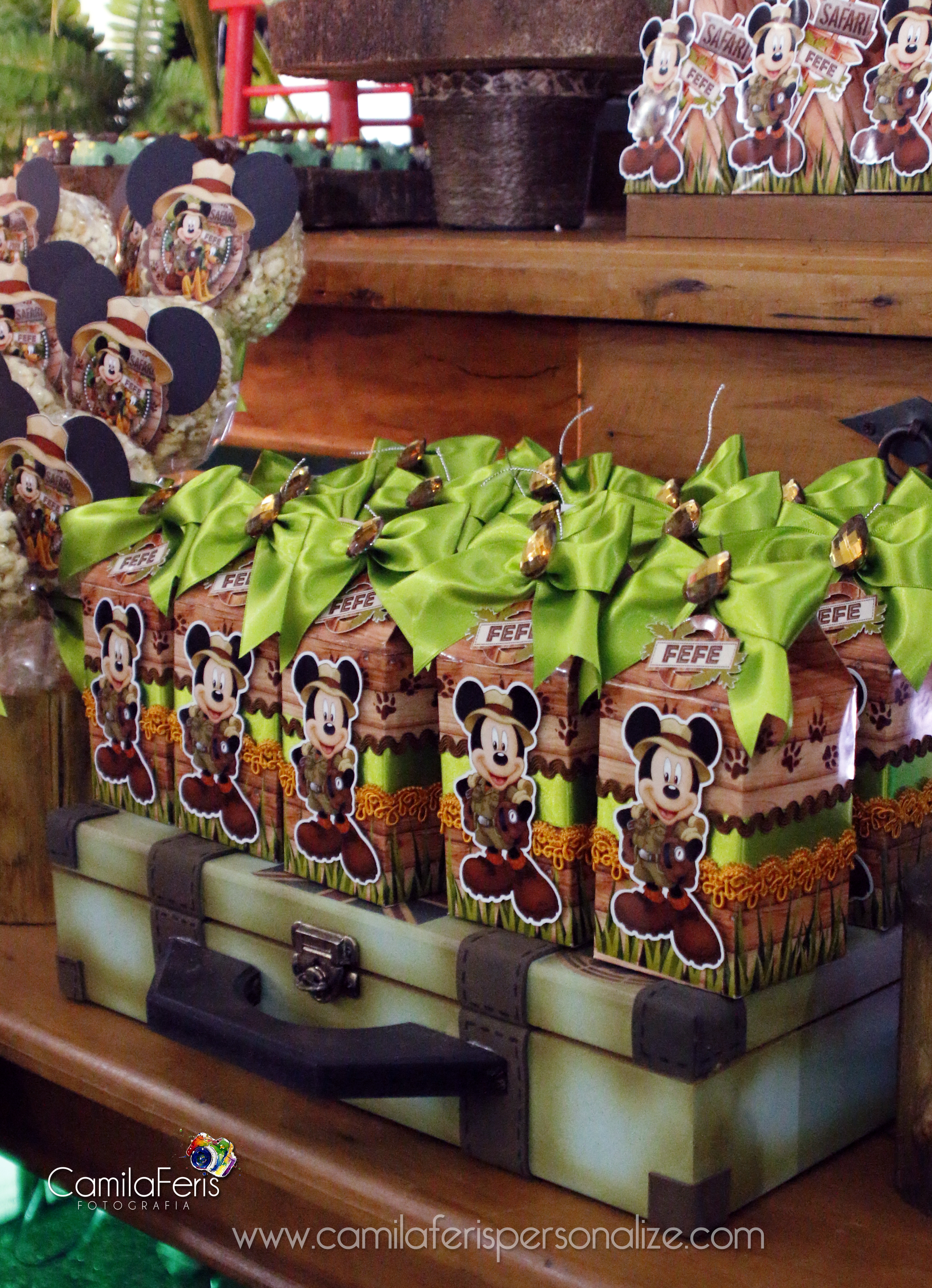 mickey caixa milk safari.jpg