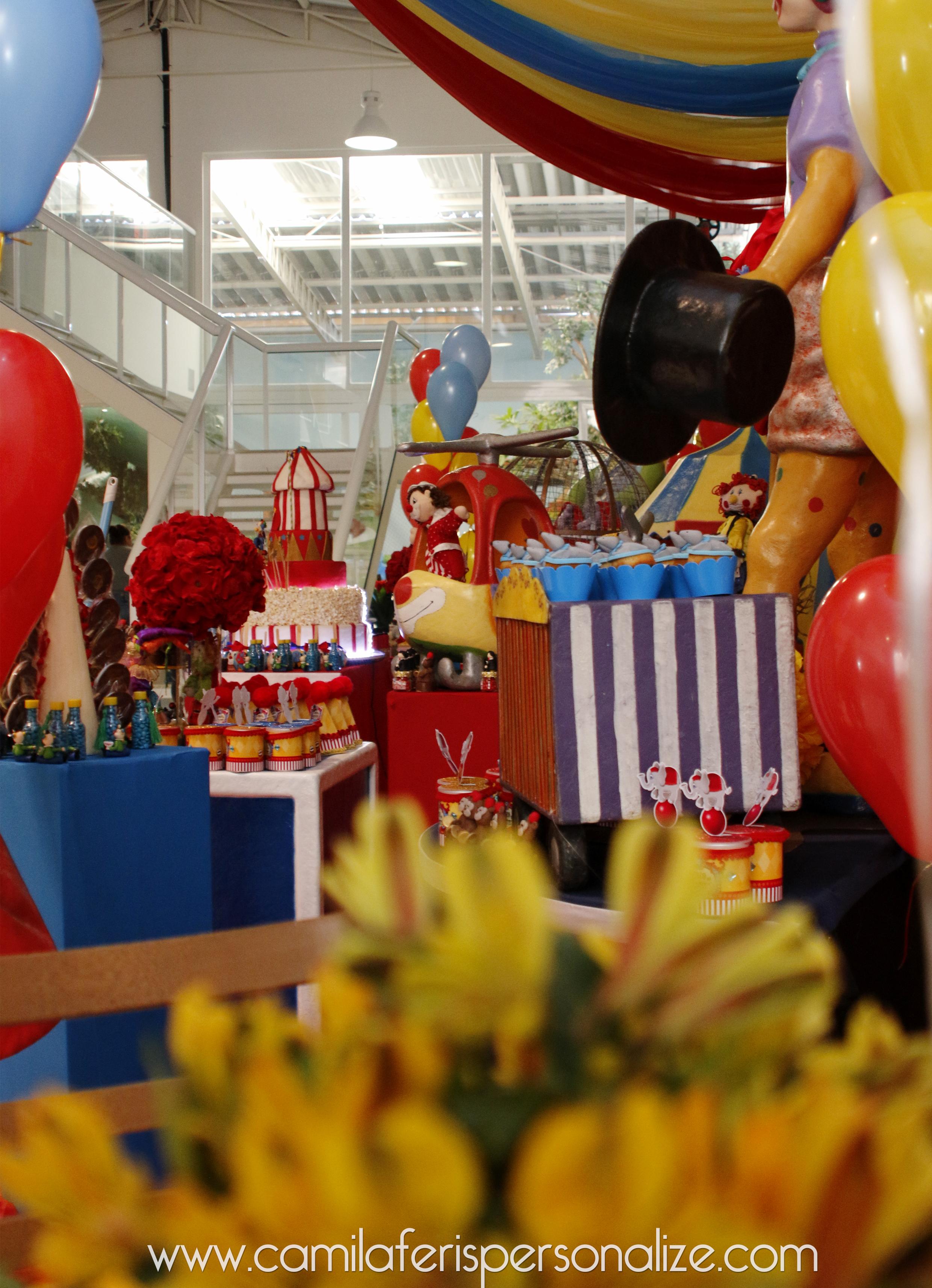 festa luxo circo.jpg
