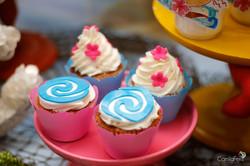 cupcake moana.jpg