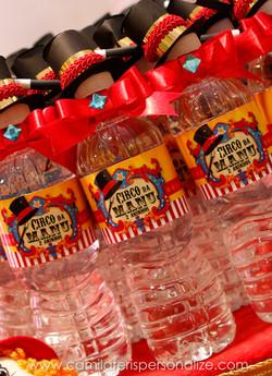 agua personalizada circo.jpg
