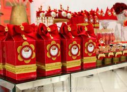 luxo real vermelho e dourado.jpg