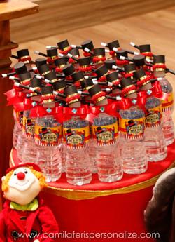 agua personalizada luxo.jpg