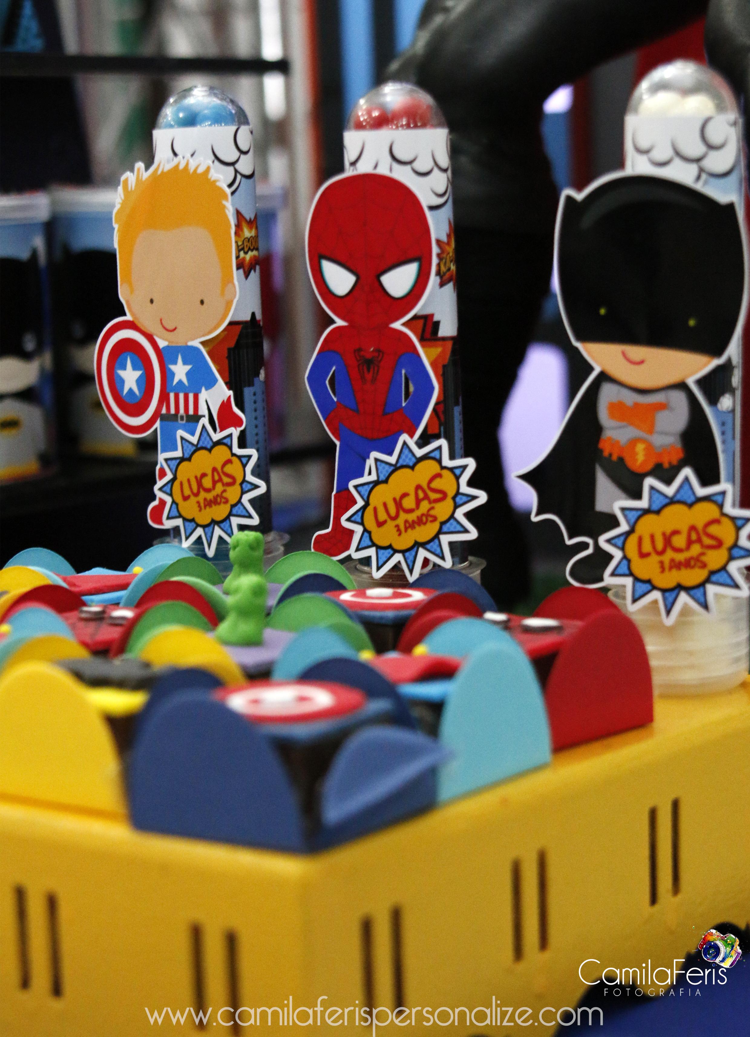 tubetes super herois.jpg