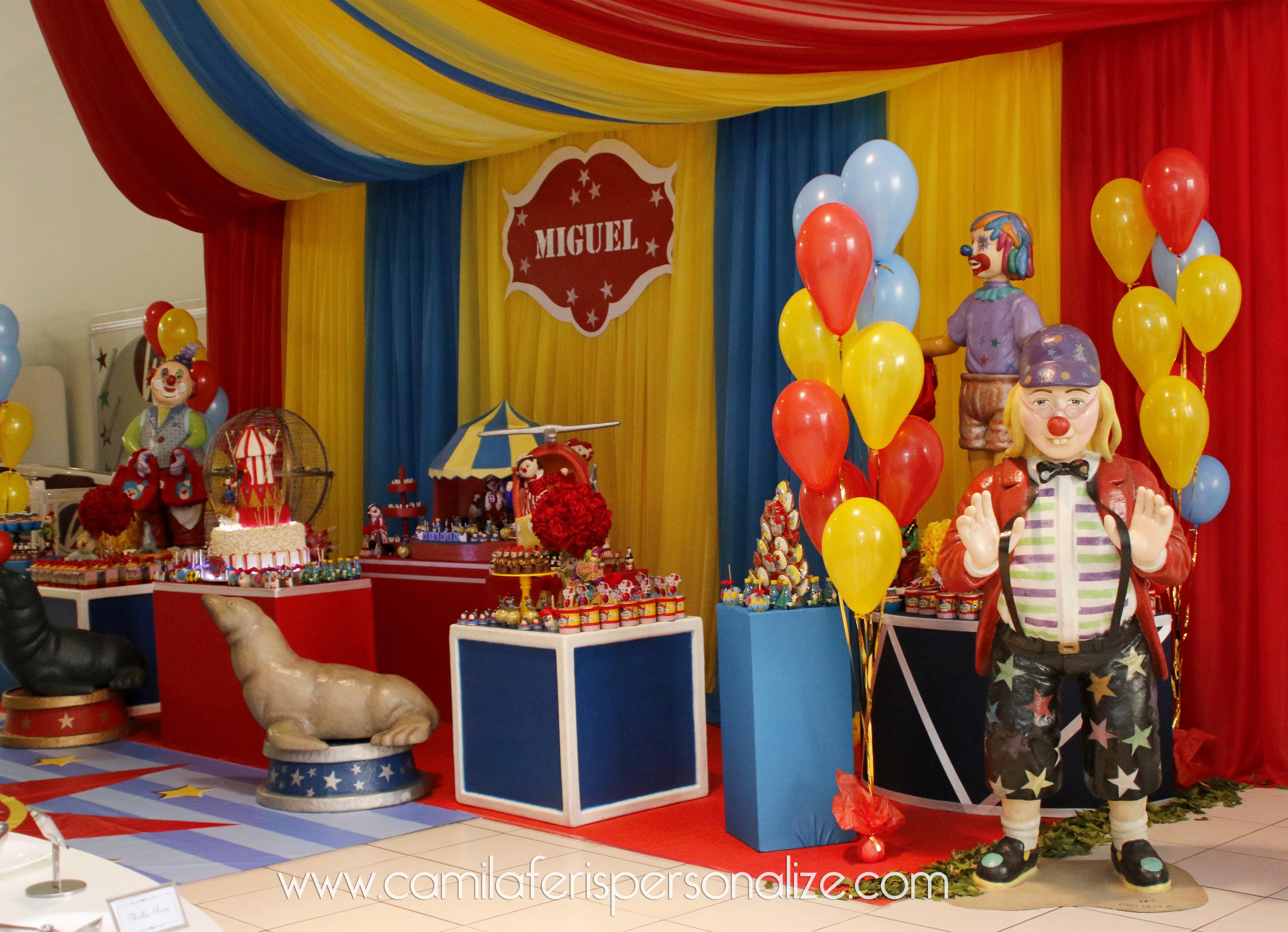 festa personalizada circo vintage.jpg