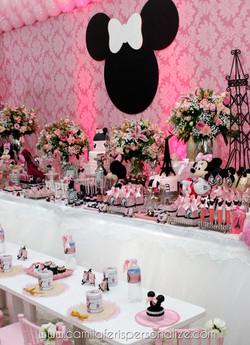 mesa minnie rosa.jpg