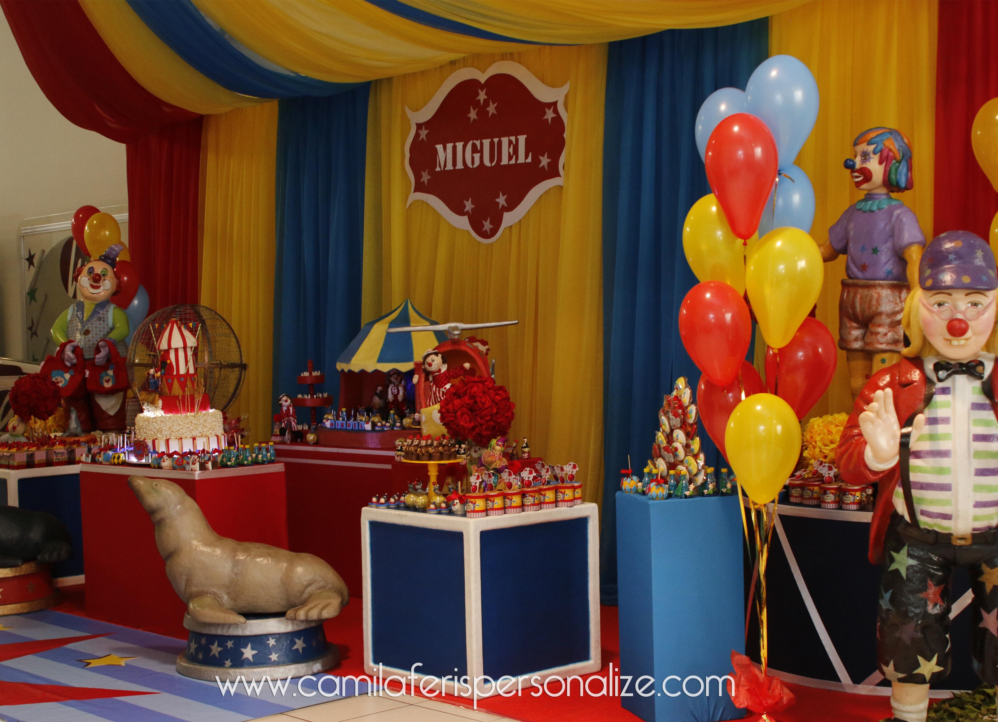 festa personalizada circo.jpg