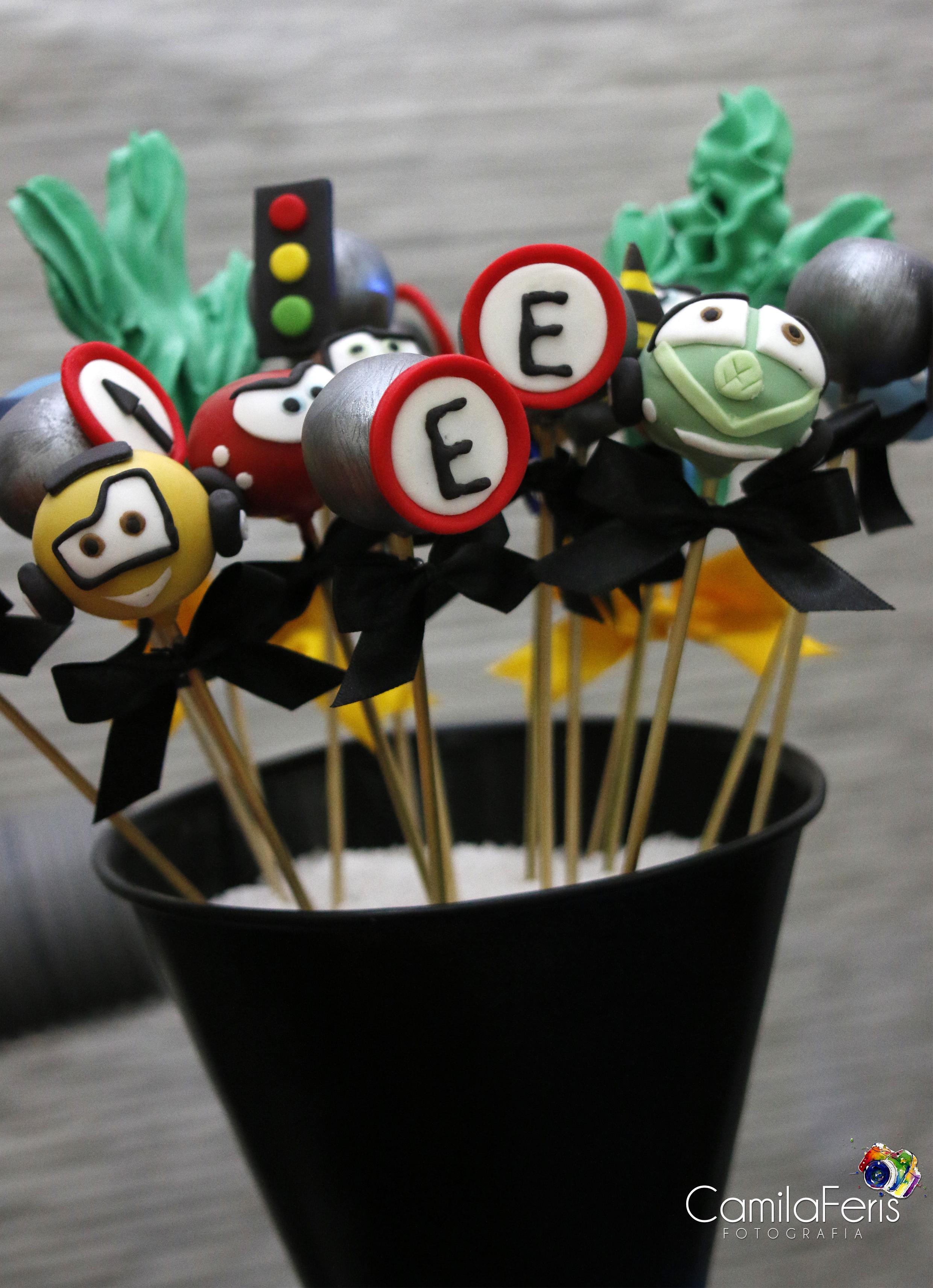 CAKE POP CARROS.jpg
