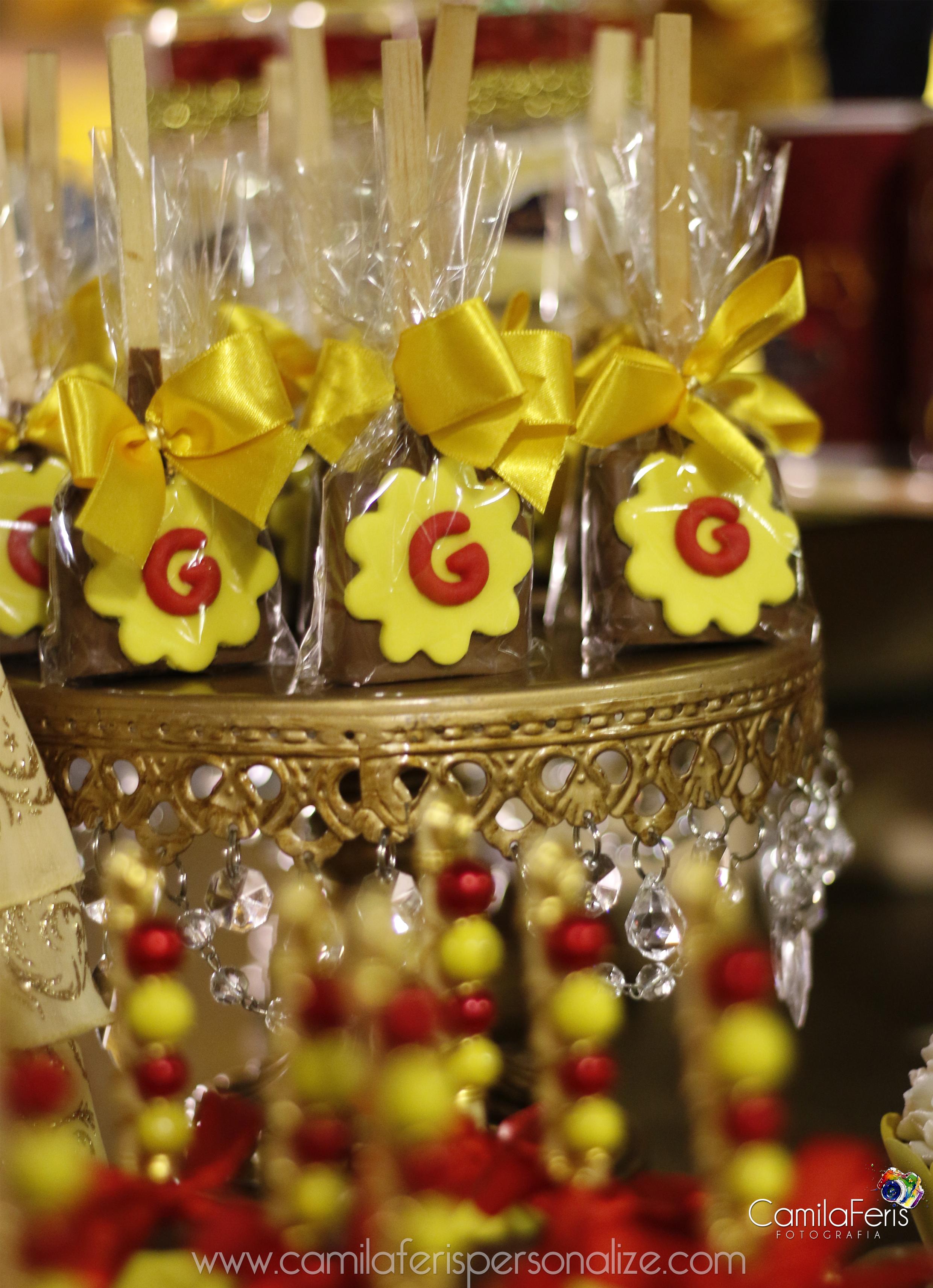 chocolate personalizado bela e a fera.jpg