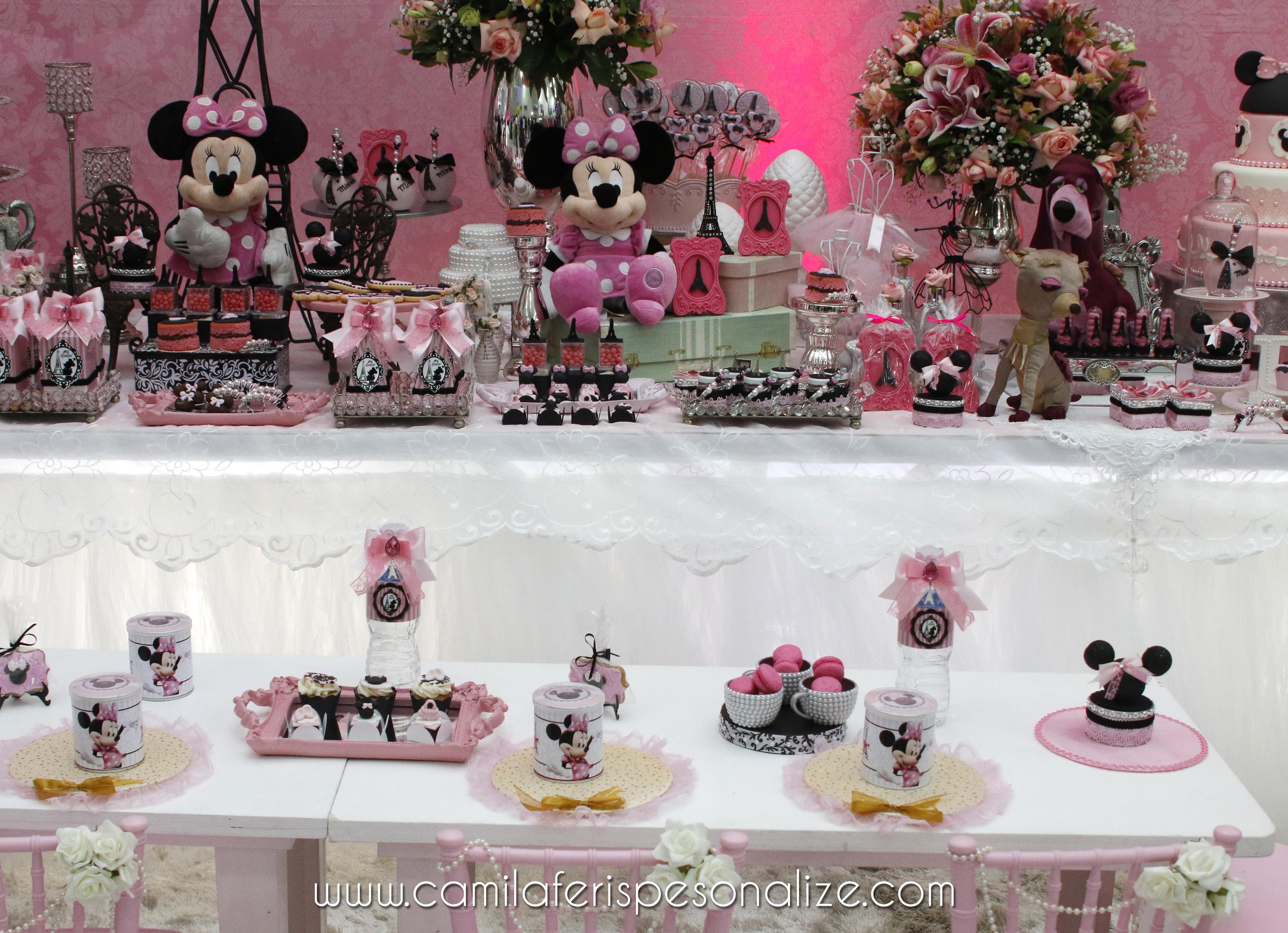 minnie rosa paris mesa decorada.jpg