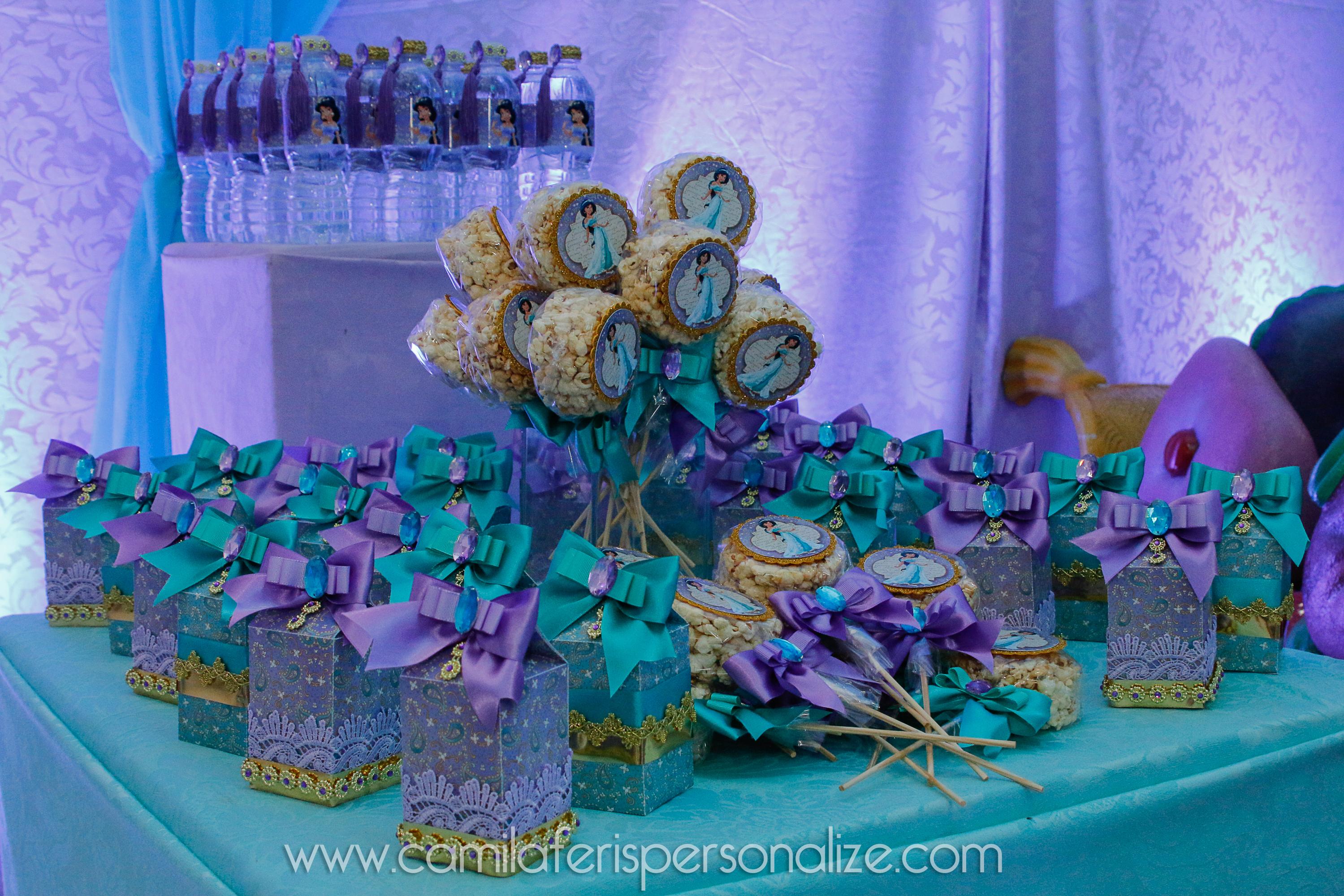 caixinhas personalizadas jasmine.jpg