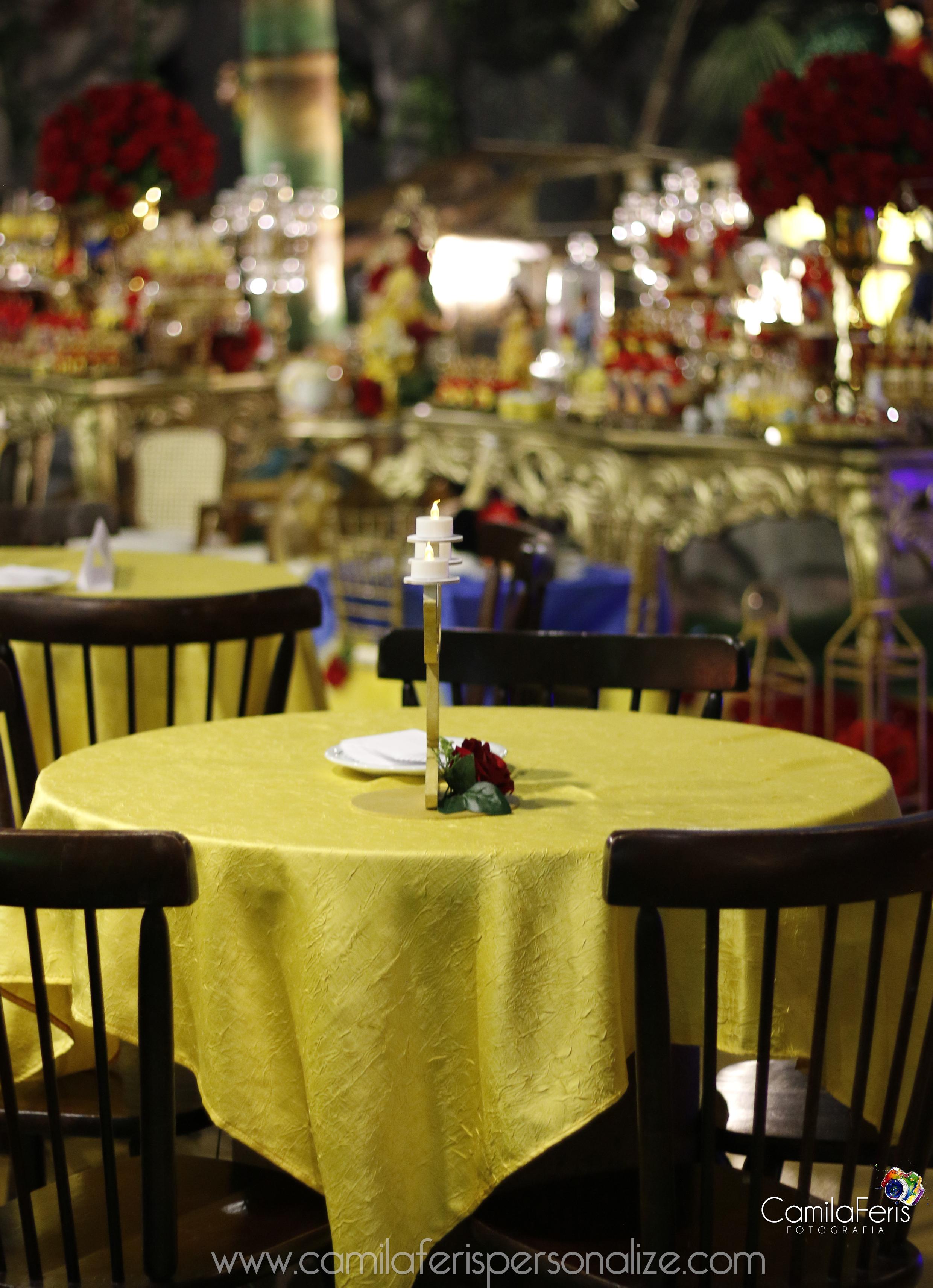 buffet kumbaya festa bela e a fera.jpg