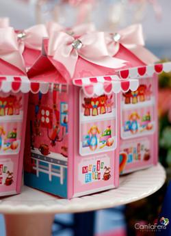 caixa milk fabrica de brinquedos.jpg