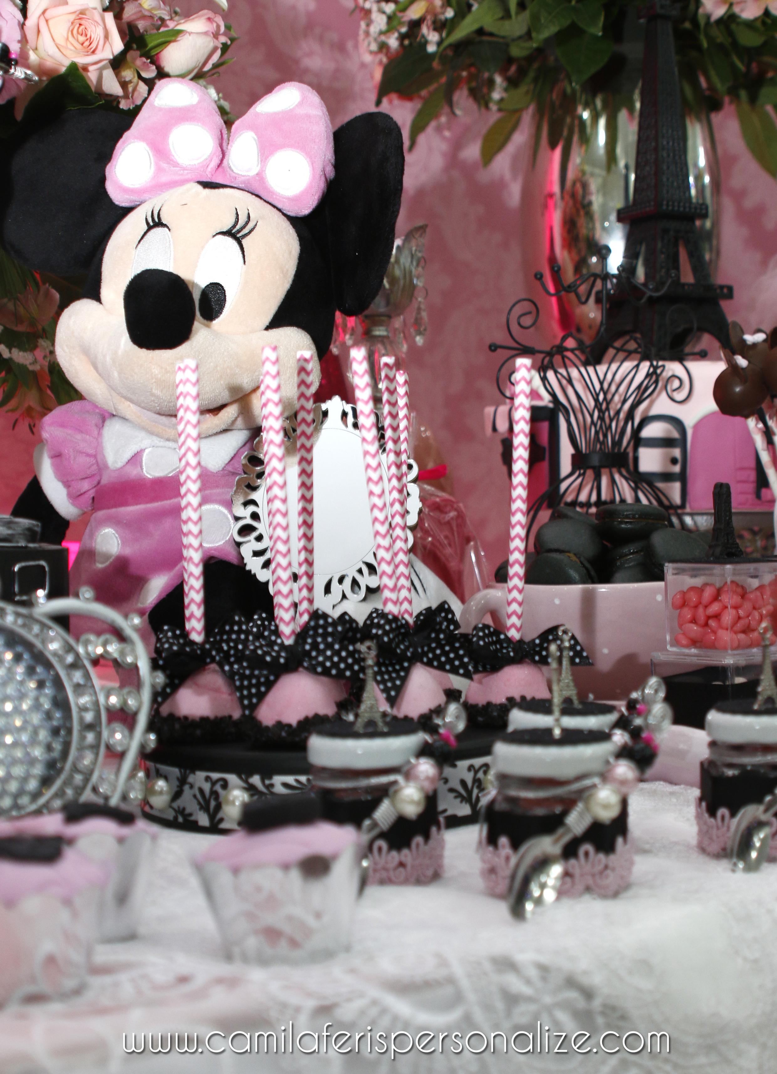 cake pop minnie rosa.jpg