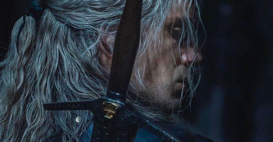 Henry Cavil posta fotos mostrando Geralt de Rivia em sua nova armadura para a segunda temporada da série da netflix