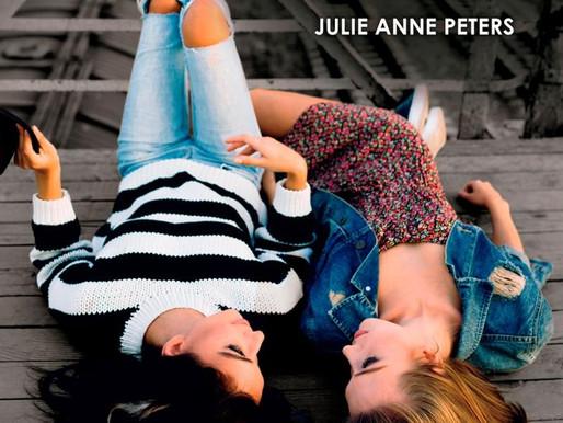 Dia internacional de combate à LGBTfobia: 5 livros LGBTQ+