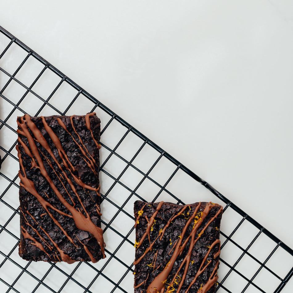 chocolate and choclate ornage vegan-min.