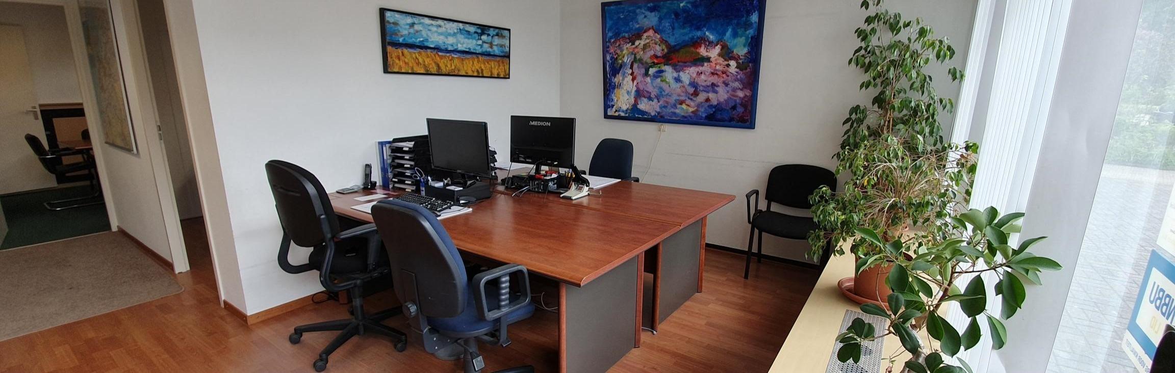foto kantoor 3_edited.jpg