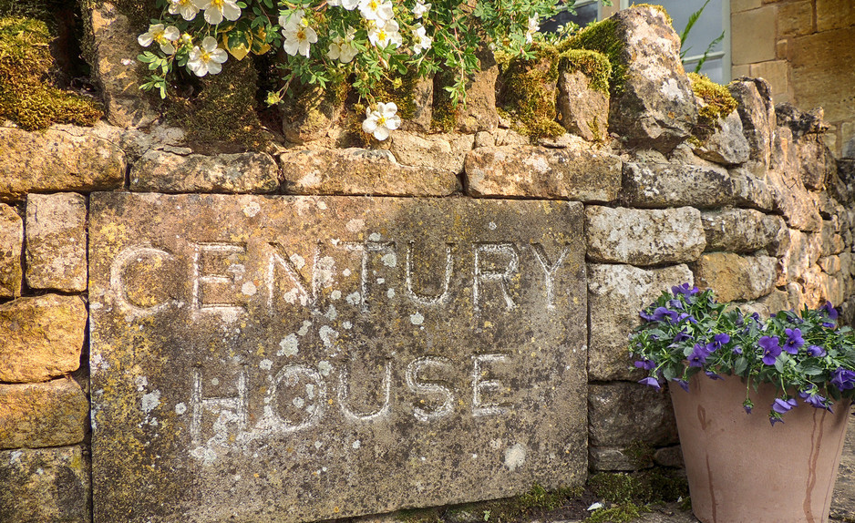 Century House sign - Cotswold Holidays