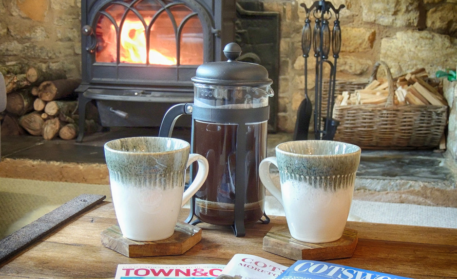 Coffee at Century House - Cotswold Holidays