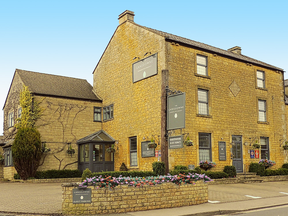 The Lansdowne, Cotswold Cottage Gems, ideal base for a Cotswold Holiday