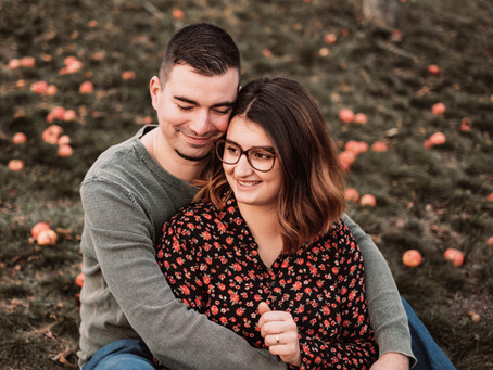 Verlobungsshooting im Weinberg