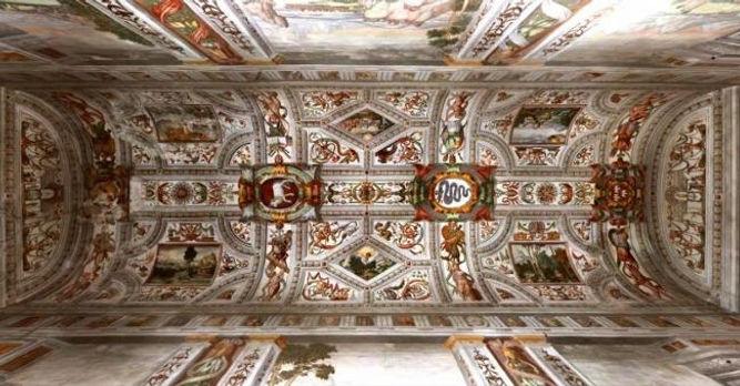 Villa Cicogna Ceiling Motif.jpg