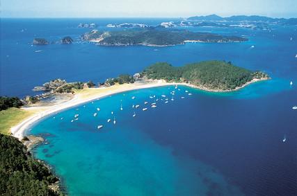 Roberton-Island-03.jpg