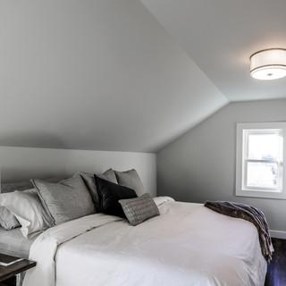 Subway Line - Master Bedroom
