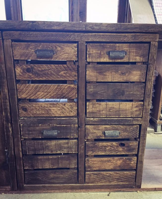 drawers amber